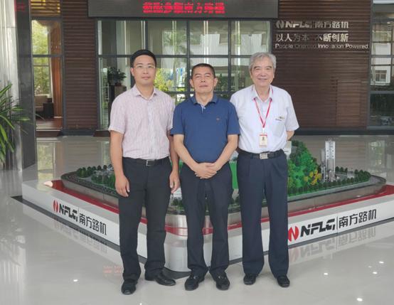 广东省惠州市住房和城乡建设局总建筑师谢伟艺一行莅临南方路机