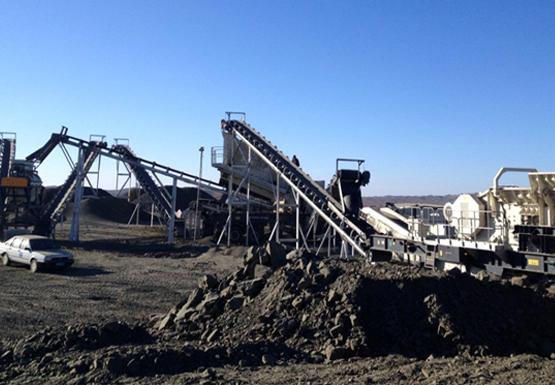 南方路機移動破碎設備應用于甘肅鵝卵石全方位骨料生產線