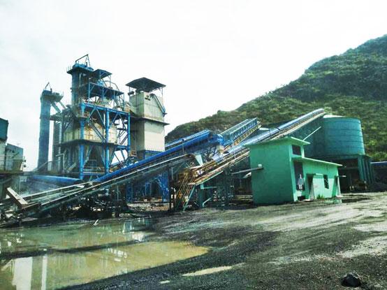 【工地报告】南方路机S3干式整形制砂设备在广西华润的应用