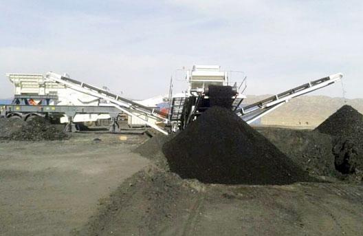 西北-煤炭破碎筛分-160吨每小时 南方路机NFW1060J+NFS330破碎筛分站应用于西北煤炭项目