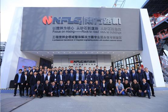 短暫相聚 未來可期 2018上海寶馬展精彩全記錄