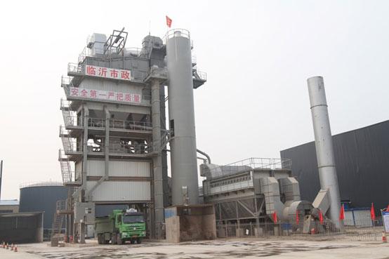 临沂市政——葡京赌场官网GLB4000+RLB2000沥青热再生设备的应用