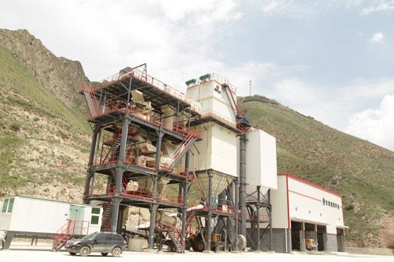 环保标杆!精〓品机制砂生产线 延伸矿区骨料产而是火焰�`力业链