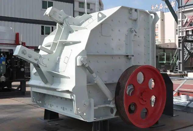 南方路機IH系列反擊破碎主機:物料處理多面手