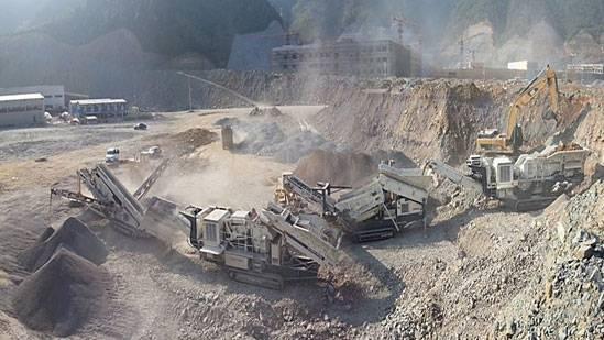 南方路機移動式破碎生產線在浙江應用